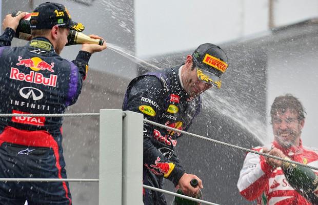 A festa dos três primeiros colocados  (Foto: Ivan Carneiro)