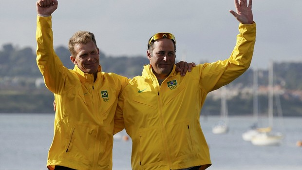 Robert Scheidt vela Bruno Prada Londres 2012 Star (Foto: Reuters)