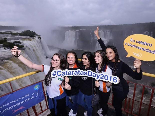 Na sexta-feira (11), a campanha #CataratasDay2016 lembrou os cinco anos da eleição das Cataratas do Iguaçu como uma das Sete Novas Maravilhas da Natureza (Foto: Divulgação)