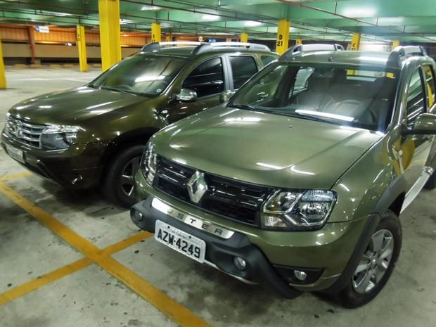 Renault Duster Oroch (à dir.) e o SUV Duster (Foto: Luciana de Oliveira/G1)