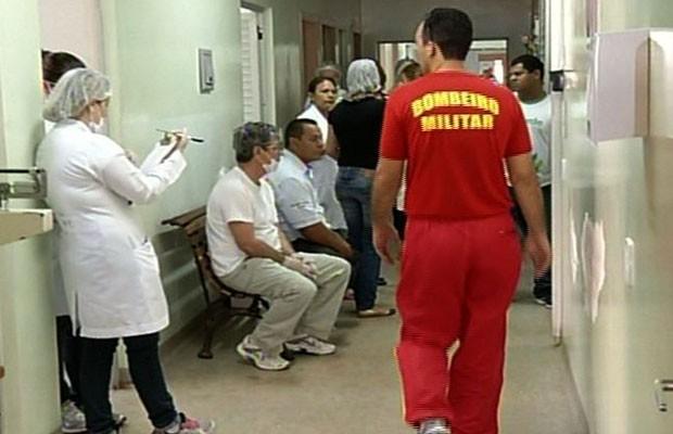 Veneno de avião agrícolo intoxica alunos e professores em escola rural de Paraúna, Goiás (Foto: Reprodução/TV Anhanguera)