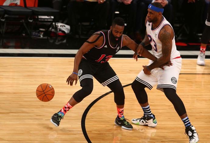 LeBron James James Harden nba all-star game (Foto: Reuters)