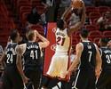 Dragic e Whiteside dominam, e Miami Heat derruba os Nets com facilidade