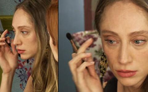 Talytha Pugliesi ensina a fazer maquiagem básica para iniciantes