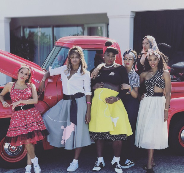 Serena Williams com amigas (Foto: Reprodução/Instagram)