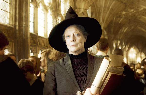 Maggie Smith no papel da professora Minerva McGonagall (Foto: Reprodução)