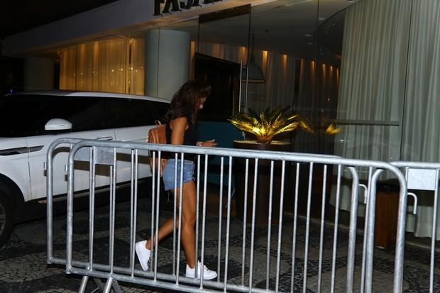 Juliana Paes vai com Juliane Trevisol à festa de Justin Bieber no Fasano  (Foto: AgNews / AgNews)
