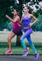 Top Izabel Goulart participa de prova de corrida em Londres