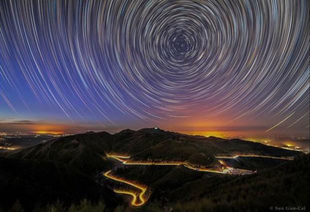 Na categoria Luz, essa longa exposição do chinês Sun Guocai levou o prêmio (Foto:  Sun Guocai  )