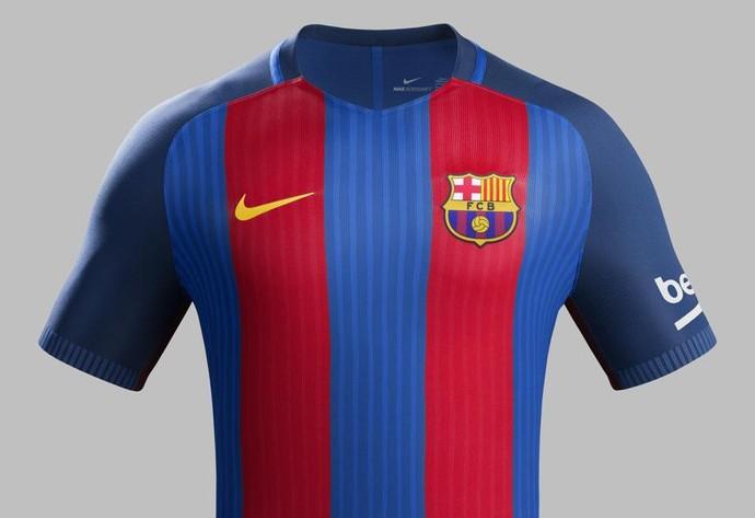 845c8c02bae9e Listras verticais em nova camisa do Barça causam guerra entre marcas