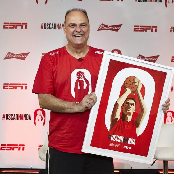 Oscar Schmidt fará sua estreia tardia na NBA na próxima semana (Foto: Divulgação)