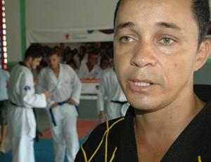 professor de taekwondo, Ronaldo Sousa (Foto: Larissa Keren / GloboEsporte.com/pb)