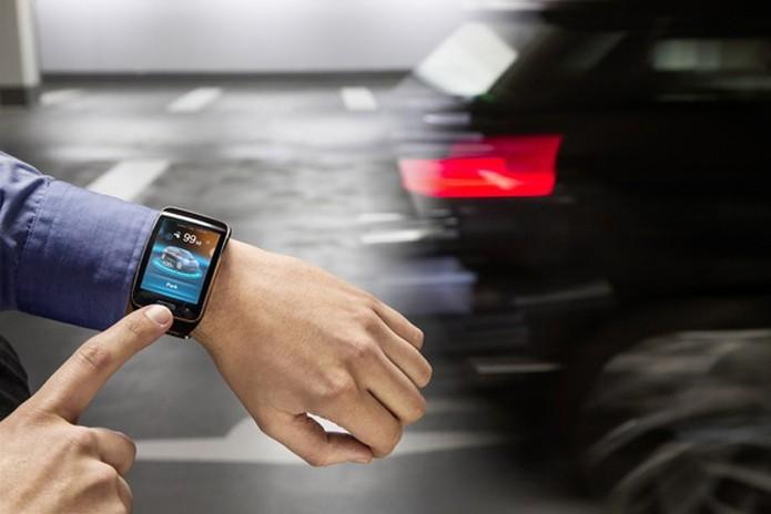Carro inteligente da BMW poderá ser controlado através de um smart watch (foto: Reprodução/PC World)