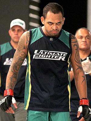 Luiz Besouro entrada luta TUF 2 (Foto: Divulgação / UFC)