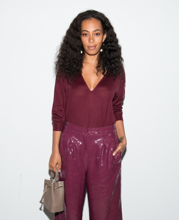 NEW YORK, NY - FEBRUARY 13: Singer Solange Knowles attends the Tibi fashion show during Fall 2016 New York Fashion Week on February 13, 2016 in New York City.  (Photo by Noam Galai/Getty Images) (Foto: Getty Images)