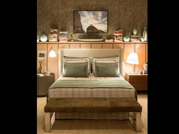 Quarto de casal em loft projetado por Luiz Fernando Grabowsky (Foto: Casa Cor RJ/Divulgao)