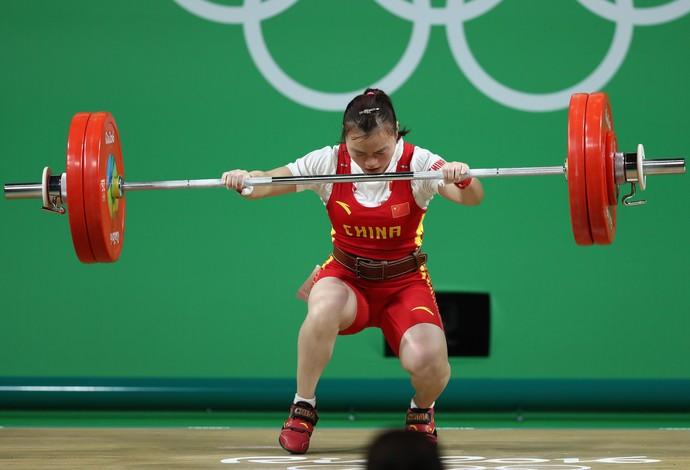 Yajun Li levantamento de peso Rio 2016 (Foto: Getty Images)