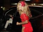 Cariúcha recebe amigos e famosos em festa 'patrocinada' de R$ 100 mil