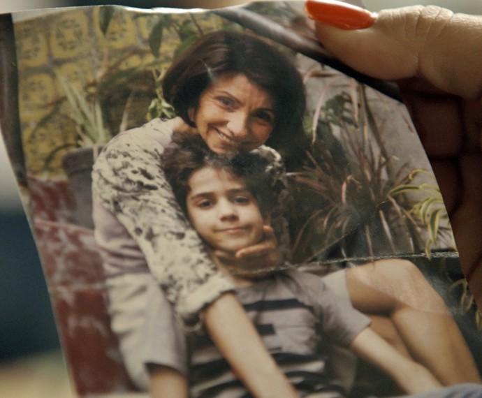 Foto mostra registro de Romero ao lado de Djanira no passado (Foto: TV Globo)