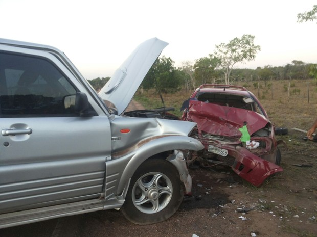 acidente curiaú ap-70 amapá (Foto: Jailson Santos/Rede Amazonica no Amapá)