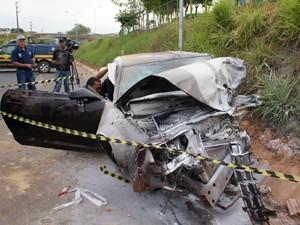 Acidente ocorreu por volta das 6h deste sábado (14) (Foto: Antônio Pinheiro/Divulgação)