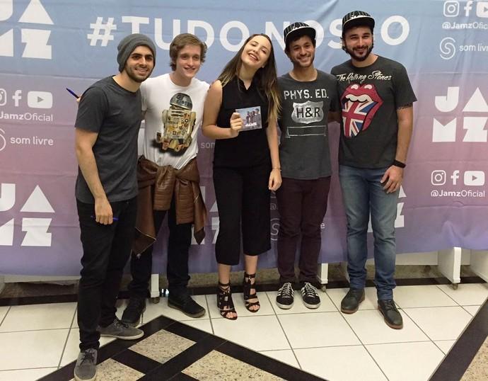 Ana e integrantes da Jamz após o show em Florianópolis (Foto: Ana Pieri/Arquivo pessoal)