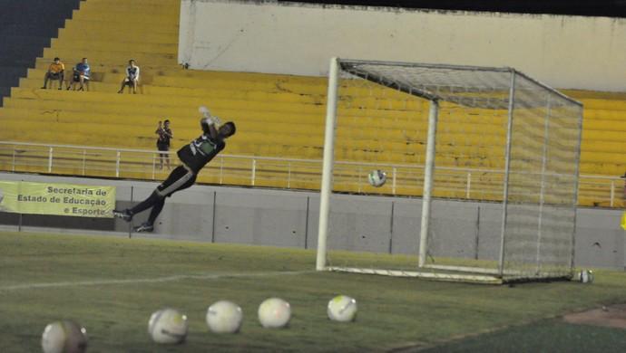 Foto mostra momento do golaço de Gessé no Acre (Foto: Manoel Façanha/Arquivo pessoal)