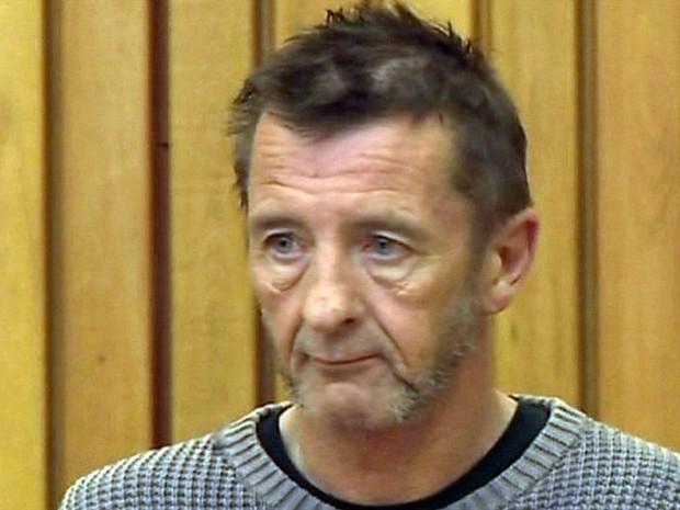 Bateirista do AC/DC, Phil Rudd é acusado por tentativa de assassinato na Nova Zelândia - GNews (Foto: Reprodução/GloboNews)