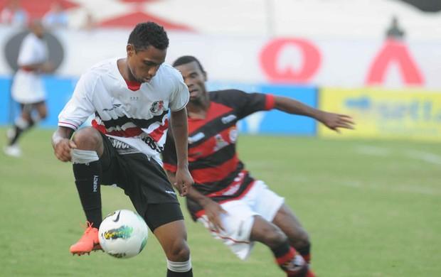 Santa Cruz x Campinense (Foto: Aldo Carneiro/Pernambuco Press)