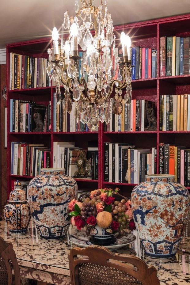 O novo apartamento do estilista Sandro Barros e do jornalista Bruno Astuto (Foto: Beto Riginik)