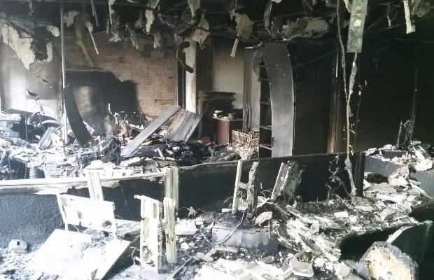 Interior de prédio do TRT em funcionamento foi danificado Goiânia Goiás (Foto: Reprodução/TRT)