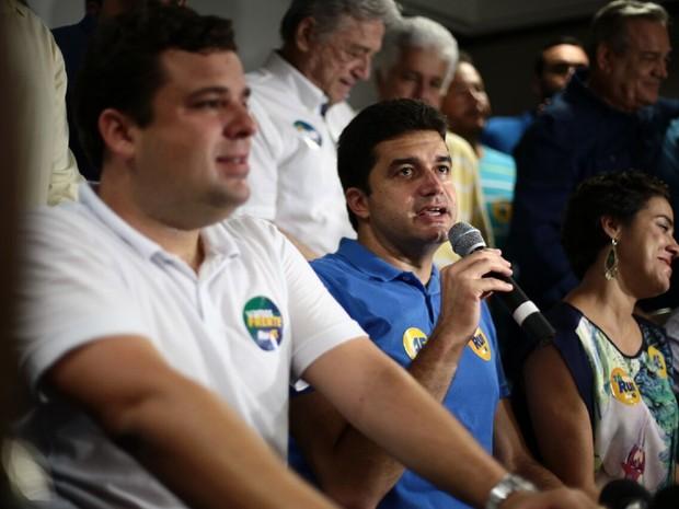 Rui Palmeira faz primeira entrevista coletiva após resultado de eleição (Foto: Jonathan Lins/G1)