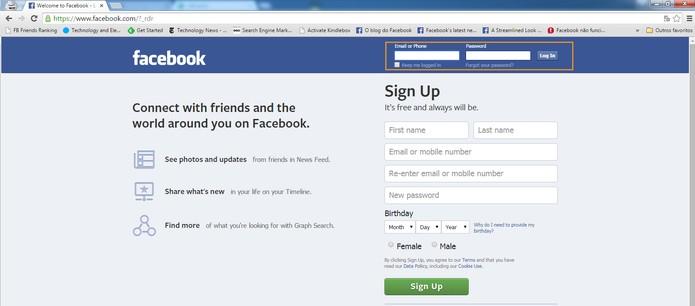 Faça o login na segunda conta do Facebook (Foto: Reprodução/Barbara Mannara)
