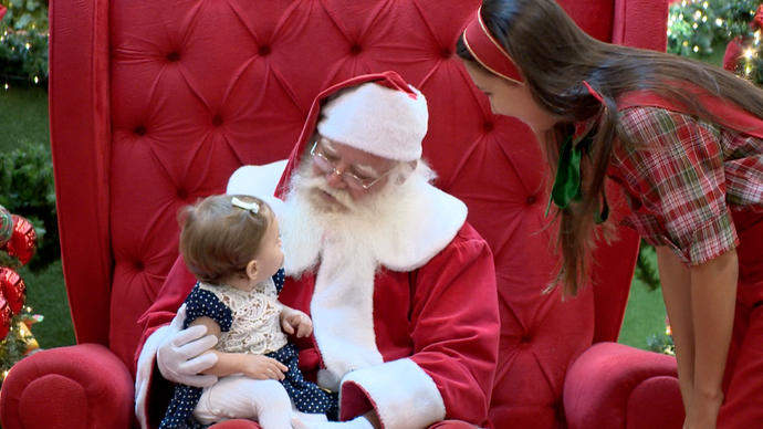 Papai Noel recebe crianças de todas as idades (Foto: Divulgação/ TV Gazeta ES)