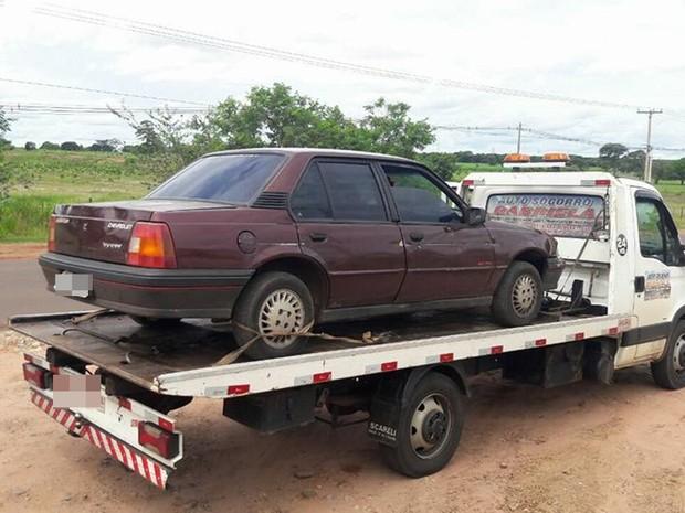Veículo apreendido pela PM  (Foto: Divulgação/Polícia Militar)
