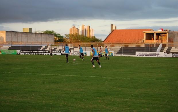 Treino do Treze no Estádio Presidente Vargas (Foto: David Henrique / TV Paraíba)