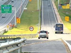 Rodovia Anhanguera em trecho que corta Campinas, SP (Foto: Vaner Santos / EPTV)