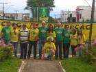 Manifestantes pró-impeachment de Dilma fazem carreata em Araxá