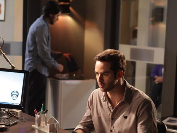 Com medo de programador, médico revela que Jonas não está doente (Foto: Pedro Curi/TV Globo)