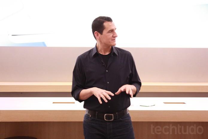 Vice-presidente mundial das lojas de varejo, Steve Cano, no Brasil (Foto: Allan Melo / TechTudo)