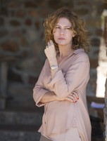 Patrícia Pillar é Isabel em 'Amores roubados' (Foto: TV Globo)