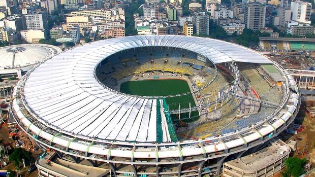 cobertura teto estádio maracanã (Foto: Genílson Araújo / Agência O Globo)