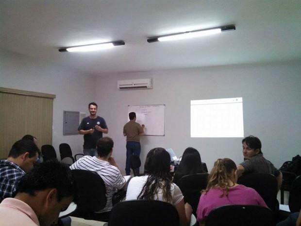 Aula do programa de educação corporativa em MS, o Pro-Fissa (Foto: Divulgação/Pro-Fissa)