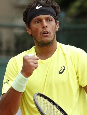 """João Souza """"Feijão"""" x Gimeno-Traver, Roland Garros 2015, tênis (Foto: AP)"""
