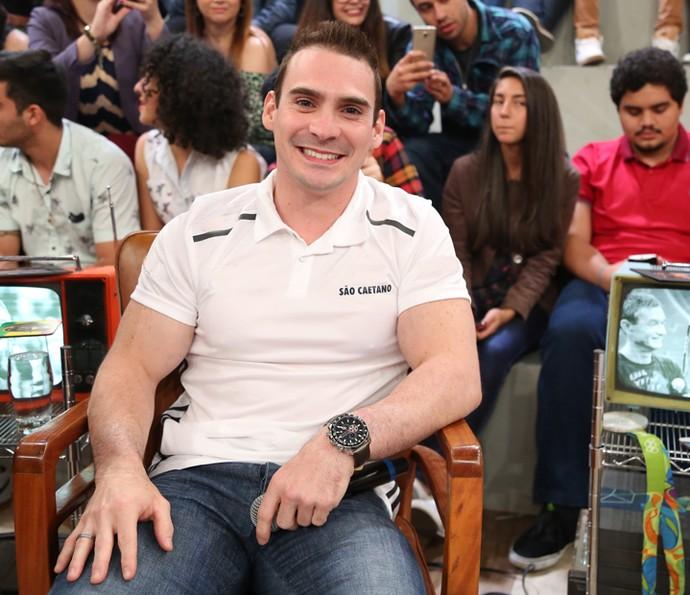 Arthur Zanetti participa da gravação do 'Altas Horas' (Foto: Carol Caminha/Gshow)