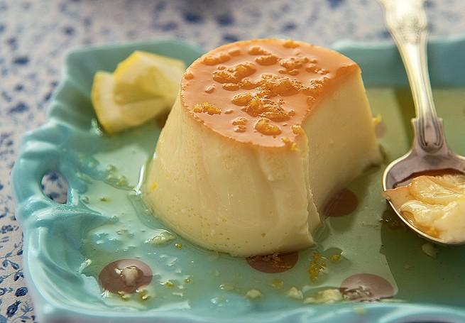 Minipudins de limão-siciliano