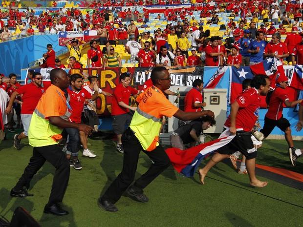 Chilenos invadem Maracanã (Foto: Bruno Kelly/A Crítica/Estadão Conteúdo)