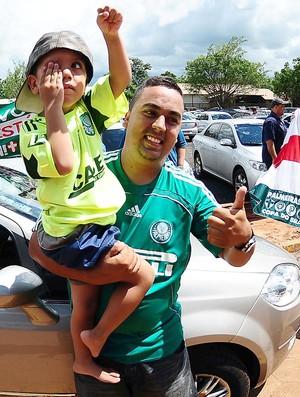 Desembarque Palmeiras (Foto: Marcos Ribolli / Globoesporte.com)