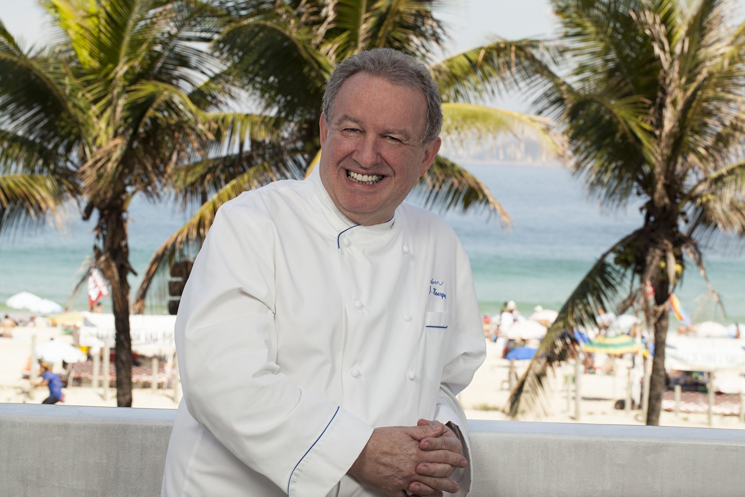 O chef alemão Joachim Koerper, que tem uma estrela Michelin no seu Eleven Rio, é fã do churrasco carioca (Foto: Rodrigo Azevedo)