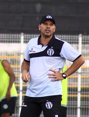 Cléber Gaúcho, técnico XV de Piracicaba (Foto: Márcio de Campos/ EPTV)